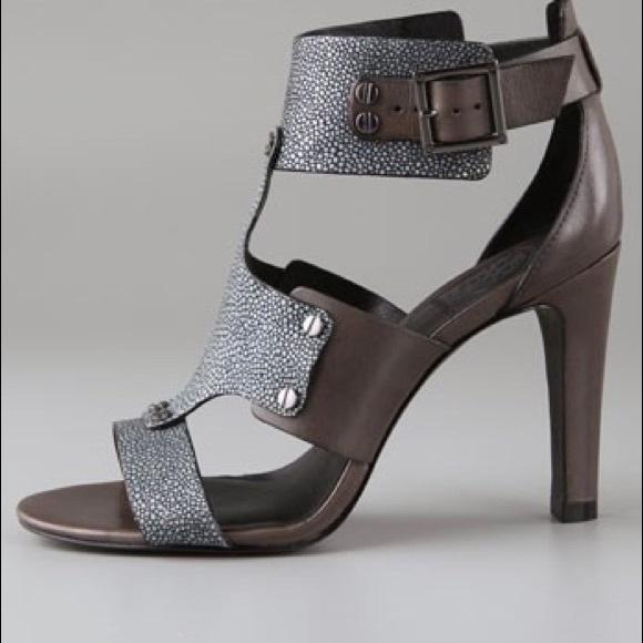 d41cc75fc2037b Tory Burch Teagan Gladiator Sandal Size 8. M 5c043788de6f621fce5e9629